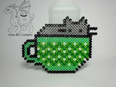 Pusheen in Cup by Kame-ami Melty Bead Patterns, Perler Patterns, Craft Patterns, Beading Patterns, Perler Beads, Perler Bead Art, Fuse Beads, Bijou Geek, Perler Bead Templates