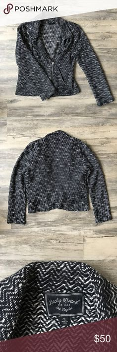 🍂Fall! 🍂 Lucky Brand | S Chevron Print Jacket Adorable black and white chevron print jacket. Gently used, with only a couple pulled strings (as seen in second to last photo). Size small. Perfect for fall! 🍂 Lucky Brand Jackets & Coats