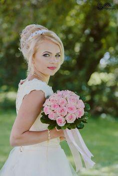 June Bride, Nasa, Bliss, Flower Girl Dresses, Romantic, Bridal, Wedding Dresses, Pretty, Fashion