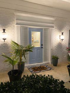 South Florida Colonial home gets coastal makeover with limewash White Brick Houses, White Exterior Houses, Exterior Homes, Whitewash Brick House, Rio Vista, White Wash Brick, Home Reno, Coastal Homes, South Florida