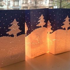 Winterlicht   Labbé Happy Birthday Jesus, Table Lamp, Home Decor, Branches, Paper Board, Christmas, Table Lamps, Decoration Home, Room Decor