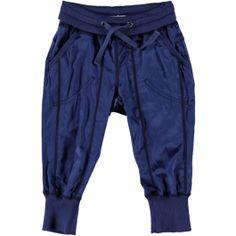 O'chill broek blauw van licht glanzende stof, met twee steekzakken.
