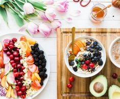 Feeling gray? Pump some color into your day with some sliced fruit and a smoothie bowl.