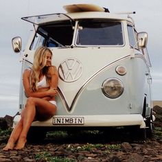 Vw kombi girl