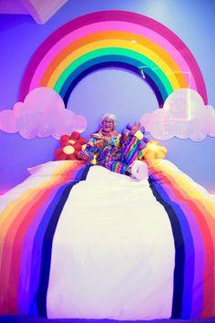 "marina-fini: "" is over the rainbow ☄ chilling with my giant plexi rainbow sculpture I made for 🔥🌴🔥🌈🔥🌴🔥 "" Rainbow Bedroom, Neon Bedroom, Unicorn Rooms, Unicorn Bedroom, Rainbow House, Kawaii Bedroom, Rainbow Decorations, Rainbow Aesthetic, Little Girl Rooms"
