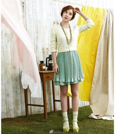 Mint green (Song Ji Hyo's Yessee Photoshoot)