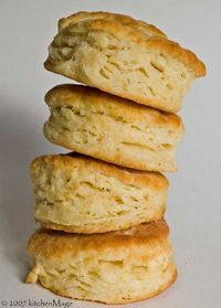 Simple, flaky biscuit recipe - My husband loves biscuts and gravy!  I've tried 4 or 5 biscut recipies...this one is by far the easiest and the tastiest!