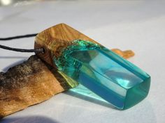 resin jewelry hecho a mano madera de olivo artesano por FociFusta