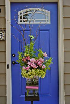 An alter piece Twig Centerpieces, Bloom, Wreaths, Plants, Wedding, Home Decor, Valentines Day Weddings, Decoration Home, Door Wreaths