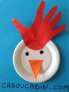 faire une poule de Pâques avec une assiette en carton.
