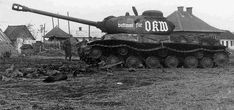 Captured JS 2 heavy tank