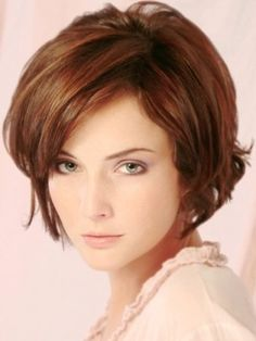 Most interesting fact about short layered bob hairstyles is more volume and seems longer. Lets check this out, 23 fascinating short layered bob hairstyles! Very Short Hair, Short Hair With Layers, Short Hair Cuts For Women, Soft Layers, Modern Bob Hairstyles, Cute Hairstyles For Short Hair, Wig Hairstyles, Layered Hairstyles, Hairstyle Ideas