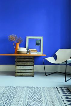 Blue, blue, electric blue: Give your living space a spark with a bolt of bright blue. Sapphire Spings 3 is a failsafe way to give your home a boost.
