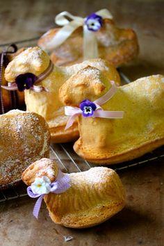 sweet lamb cakes