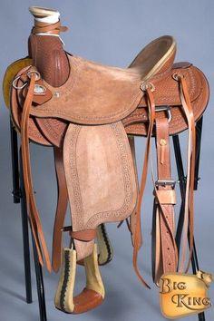 Roping Saddles For Sale, Wade Saddles, Barrel Racing Saddles, Barrel Racing Horses, Western Horse Saddles, Cowboy Horse, Horse Tack, Western Tack, Western Theme