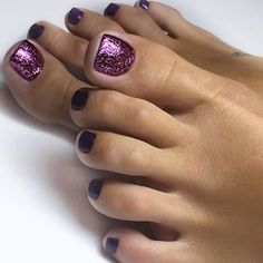 Hottest Trends for Acrylic Nail Shapes Glitter Toe Nails, Fall Toe Nails, Purple Toe Nails, Feather Nails, Pretty Toe Nails, Cute Toe Nails, Toe Nail Art, Love Nails, My Nails