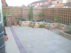 Paul Pym's garden transformation with railway sleepers PHOTO 8