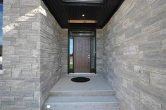 Entrance Way  www.castellhomes.com