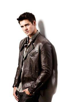 Jeremy Gilbert : Vampire Diaries