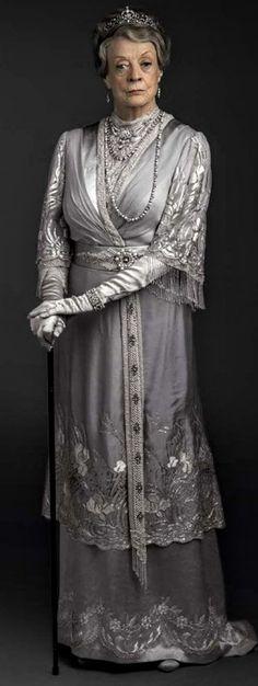 Lady Violet, Downton Abbey Fashion, Maggie Smith, Period Dramas, Stage, Movie, Artists, God, Film