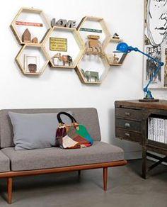 hexagonal shelves are cool Cool Shelves, Diy Wall Shelves, Diy Wall Decor, Room Decor, Honeycomb Shelves, Happy New Home, Diy Casa, Wall Boxes, Interior Inspiration