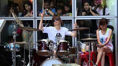 S. WHITE 羅小白---那麼厲害~~ in 夢時代 - Drums