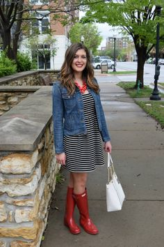 Hunter boots. Jcrew. Whatiwore. Blogger. Outfit. Rain boots. Lawrence. Kansas. Stripes. Red outfit.