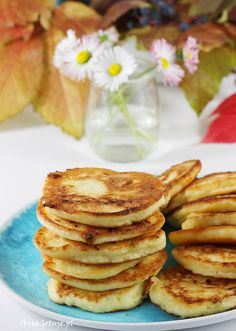 Placki z serem twarogowym. Pancakes with cottage cheese. Cottage Cheese Pancakes, Breakfast, Fit, Recipes, Morning Coffee, Shape, Recipies, Ripped Recipes, Cooking Recipes