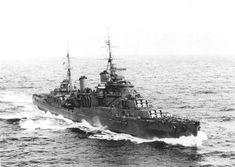 HMS_Manchester_(C15)_1942