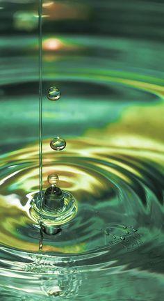 Water Drop by Quentin Medda, via Flickr