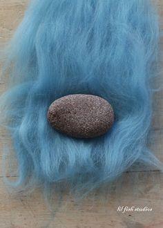 lil fish studios: how to make a felted stone (wet felting/needle felting)