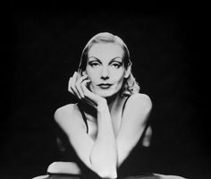Ute Lemper at State Theatre - Music events - Concrete Playground Sydney Ute Lemper, Jack White, I Icon, Film Music Books, Best Self, Portrait Photographers, Beautiful People, Singer, Cabaret