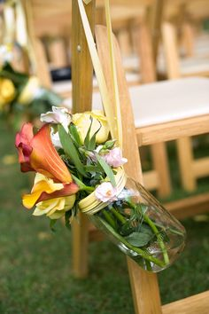 Aisle Decorations--Absolutely love this! Simple but amazing!
