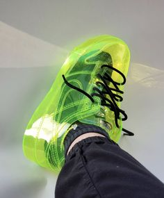 Nike Slime Dunk Transparent Air Force sneakers by - How much wo. Reebok, Celebrity Casual Outfits, Baskets, Nike Airforce 1, Mode Streetwear, Custom Sneakers, Custom Shoes, Cool Names, Jordan 1 Retro High