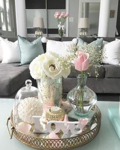 45 Pretty Decorating Ways to Style Your Coffee Table coffee table centerpieces; table centerpieces for living room; Coffee Table Styling, Diy Coffee Table, Decorating Coffee Tables, Coffee Coffee, Coffee Table Centerpieces, Table Decorations, Decoration Crafts, Deco Rose, Home Furnishings