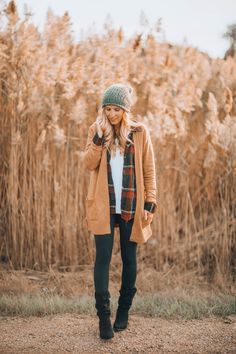 Best Postpartum Deodorant & Fall Layers - Lynzy & Co. Cute Teen Outfits, Mom Outfits, Winter Outfits, Europe Fashion, Autumn Winter Fashion, Winter Style, Fall Fashion, Layering Outfits, Outdoor Outfit