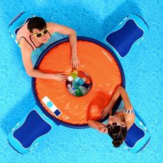 Aqua Floating Table | 22 Ridiculously Awesome Floats