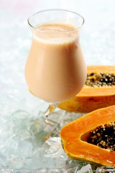 Papaya Milk 木瓜牛奶 This is a popular drink in Asian countries such as Singapore, Hong Kong and Taiwan.