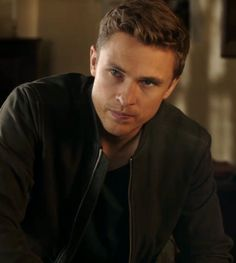 William Moseley, Mens Attire, Cute Actors, Rowan, Kingston, Ps, Crushes, Handsome, Celebs