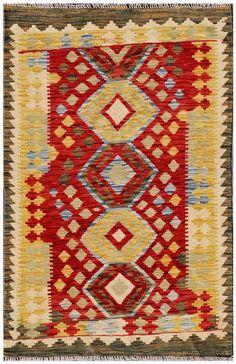 """Kilim Herat. Kilim anudado a mano con lana autóctona por las tribus """"turkemanas"""" en el norte de Afganistán. Los diseños utilizados son bellas estilizaciones de formas tradicionales como el """"boteh"""", octogonos, rombos engarzados .......   Dado su carácter artesanal, las alfombras nómadas pueden presentar pequeñas diferencias en medida, tamaño, color y dibujo. Esto es lo que le da a la alfombra su personalidad y belleza."""
