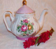Vintage Royal Crown Fine China Vented Tea Pot Floral Design Pattern