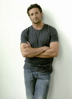 I want to wish a very special HAPPY BIRTHDAY to the amazing HUGH JACKMAN! You are so talented! Keep up the good work! Hugh Jackman Wolverine Workout, Hugh Wolverine, Wolverine Art, Celebrity Dads, Celebrity Crush, Fitness Workouts, James Mcavoy Michael Fassbender, Hugh Michael Jackman, Z Cam