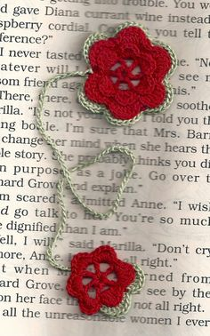 Lindy's Crochet Corner: Blooming Bookmarks