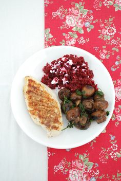 Beetroot Salad with Feta Cheese, Wild-Garlic Mushrooms with Parsley, and Grilled Chicken