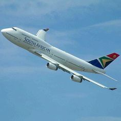 South African Airways B747-400 banking at London Heathrow airport