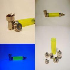Dizem por ai que não tem graça levar um pipe pra balada, mas quem diz isso é porque não tem este pipe que brilha na luz negra se liga ai http://www.lojaefeito.com.br/produtos.php?catid=18=49