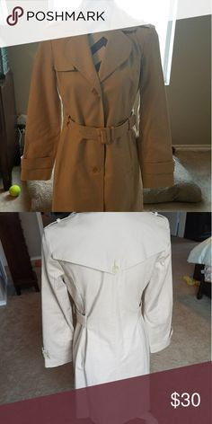 Kenneth Cole Reaction Trench coat Tan Kenneth Cole Reaction Trench coat EUC Kenneth Cole Reaction Jackets & Coats Trench Coats