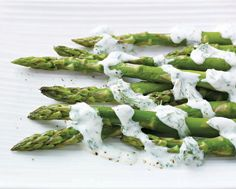 Hollandaise sauce recipes, Asparagus and Hollandaise sauce on ...