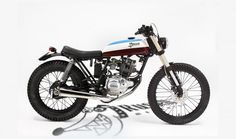 """The Pauspecial"" is a 1988 Yamaha 125 cc built by Eduardo Iglesias of Russell Mecanica Yamaha 125, Yamaha Cafe Racer, Yamaha Motorcycles, Scrambler Motorcycle, Cars And Motorcycles, Mini Cafe, Brat Bike, Vintage Cafe Racer, Bike Shed"
