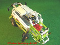 Lego combine Claas Lexion 420